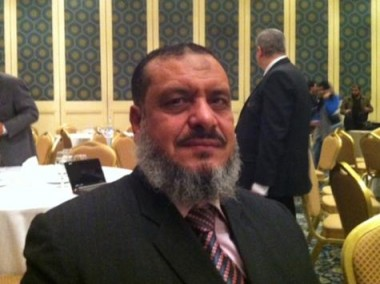 عدلان يؤكد أن حزب الإصلاح مستقل عن الإخوان المسلمين والسلفيين (الجزيرة)