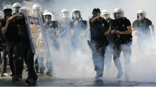 حتى الصحف التركية المعروفة بموالاتها لحكومة اردوغان انتقدت تعاطي حكومته مع الاحتجاجات