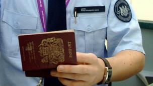 الهجرة إلى سويسرا: قيود جديدة على العمال الأوروبيين