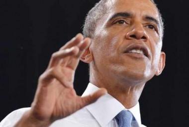 """""""هآرتس"""": أوباما أبلغ نتانياهو بخططه إرجاء العملية العسكرية في سورية قبل خطابه"""