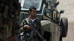 يعاني اليمن ترديا متزايدا في الأوضاع الأمنية خلال الشهور الأخيرة