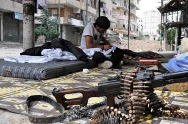 """واشنطن بوست"": ""سي آي إيه"" توسع تدريب المقاتلين السوريين ولكنها لا تريد انتصارهم"