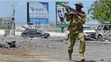 انفجر لغم أرضي عند مرور موكب قائد الجيش الصومالي