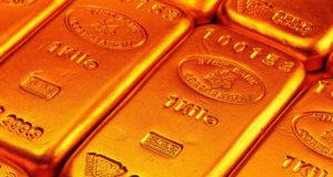 الذهب يهبط إلى أدنى مستوى في ثمانية أشهر ونصف