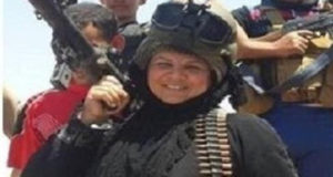 منح أول امرأة بتاريخ العراق هوية شيوخ العشائر