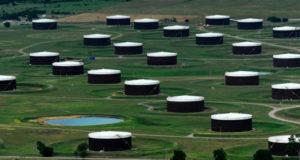 مستودعات تخزين النفط في كوشينج بولاية أوكلاهوما