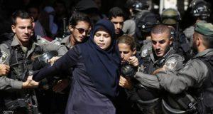 .الجيش الإسرائيلي يمنع امرأة من دخول المسجد الأقصى - 25 يوليو 2015.