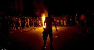 .فلسطينيون يتظاهرون في مدينة رفح جنوب قطاع غزة احتجاجا على تفاقم أزمة الكهرباء.