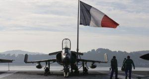 مقاتلة فرنسية