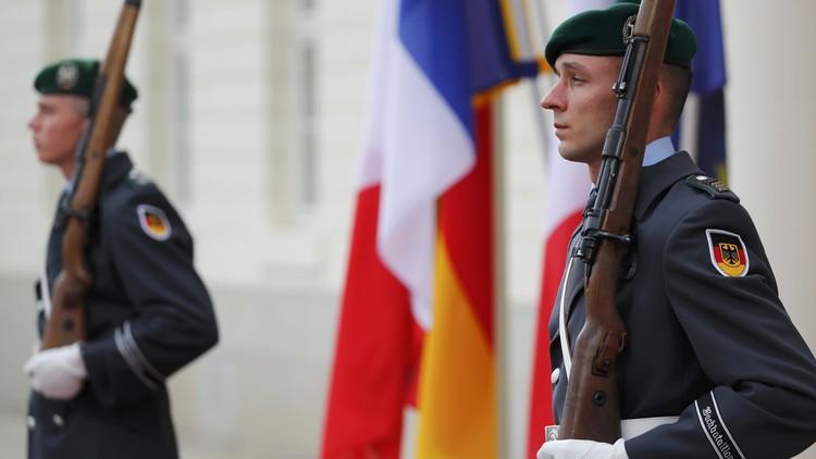 جندي من الجيش الألماني