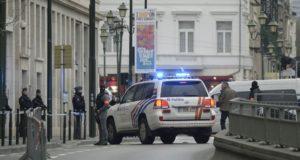 امرأة تطعن ركابا على متن حافلة في بروكسل