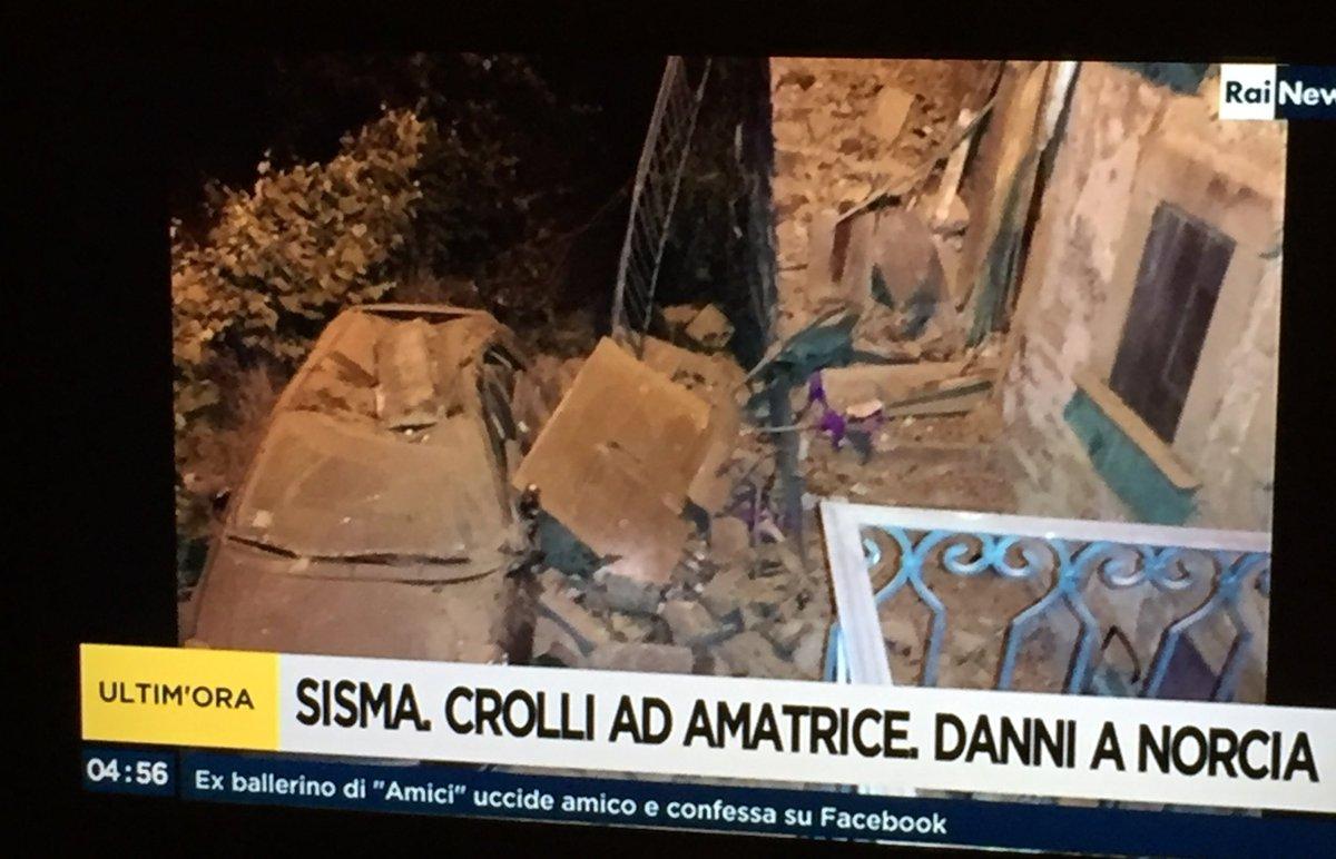 120 قتيلا في زلزال مدمر يضرب وسط إيطاليا