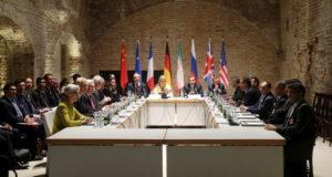 صورة من المفاوضات بين طهران والقوى الدولية حول ملف إيران النووي في فيينا (إبريل/نيسان 2015)