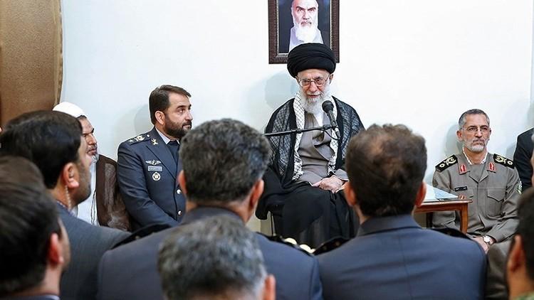 """خامنئي: واشنطن سعت لمنع إيران من الحصول على منظومات """"إس-300"""""""