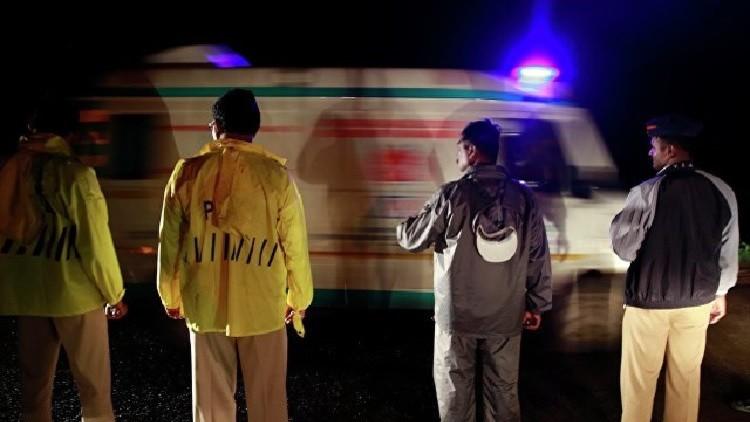 مقتل 22 شخصا في حادث سقوط حافلة في الهند