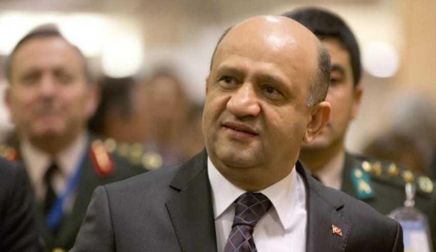وزير الدفاع التركي: أمريكا مستعدة للتعاون معنا في تحرير الرقة