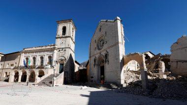 كاتدرائية مدمرة بفعل الزلزال
