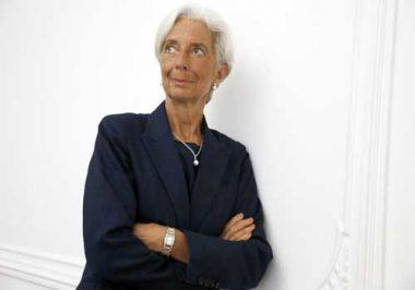 """بدء محاكمة المديرة العامة لصندوق النقد الدولي كريستين لاغارد الإثنين في فرنسا بتهمة الإهمال وهذه الاخيرة تقول أنها """"لا تنوي السكوت"""""""