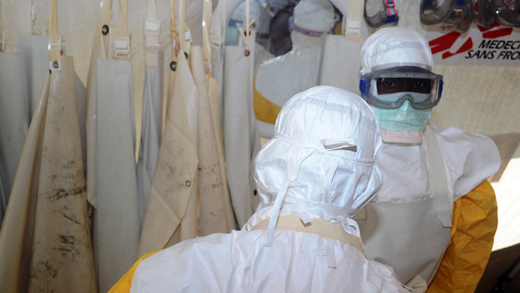 صورة إصابة طبيب أمريكي بحمى إيبولا