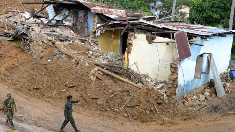 صورة نزوح أكثر من 650 ألف شخص إثر فيضانات في سريلانكا