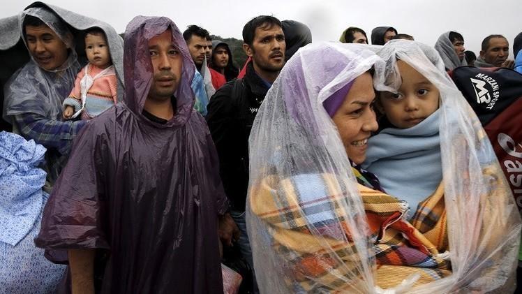 صورة لاجئون عراقيون وسوريون يريدون العودة لألمانيا بعد استقبالهم في السويد