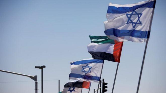 صورة التطبيع: هل تتجه دول خليجية أخرى إلى اتفاق سلام مع إسرائيل بعد الإمارات؟