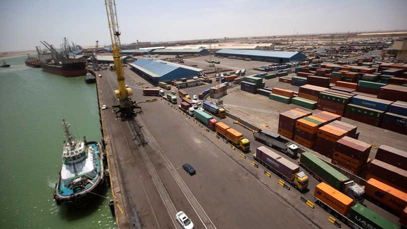 صورة العمل في ميناء الفاو الكبير بالعراق متوقف.. مشاكل في التمويل أم ضغوط خارجية؟