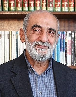 """حسين شريعتمداري """"ذكر"""" السيستاني بعدم التحاكم """"للطاغوت"""""""
